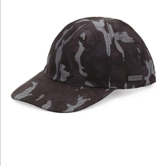 b746488608a Prada Men s Camo Hat. M 5b86bd2fe9ec8995aca94548
